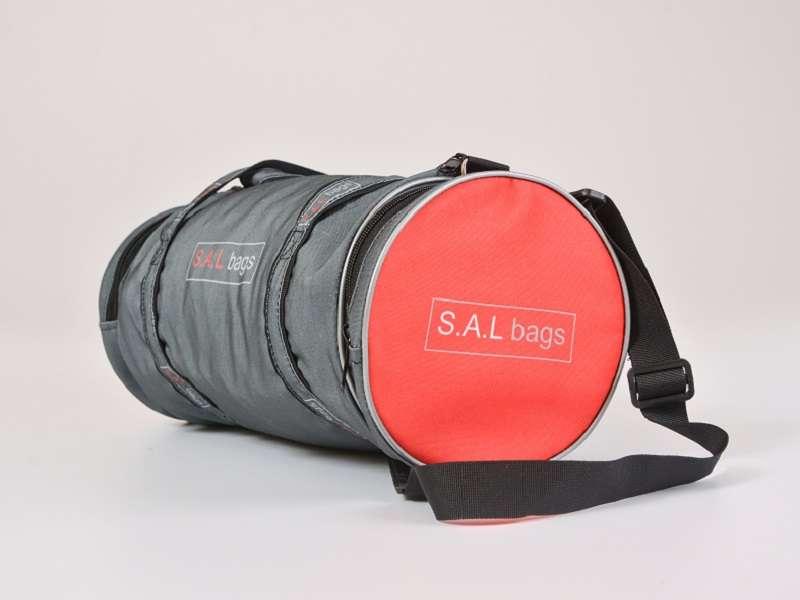 Малая круглая спортивная сумка серая