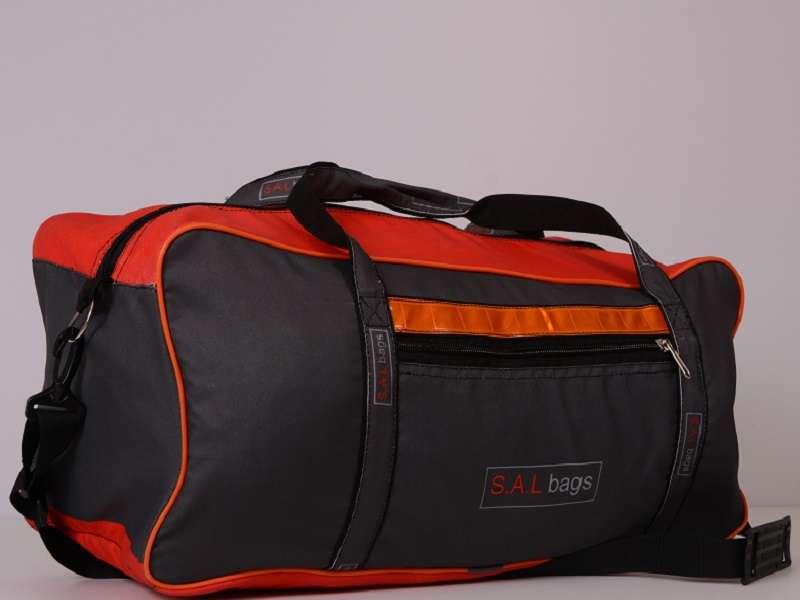 Спортивная сумка серая