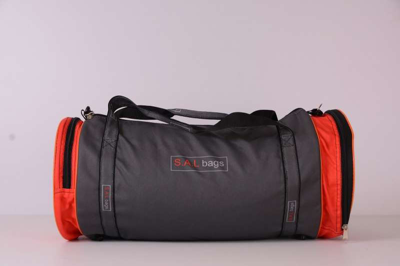 Круглая спортивная сумка серая